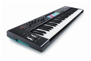 LAUNCHKEY 61 MK2 Midi-клавиатура / Миди клавиатуры и контроллеры, Музыкальный Мастер